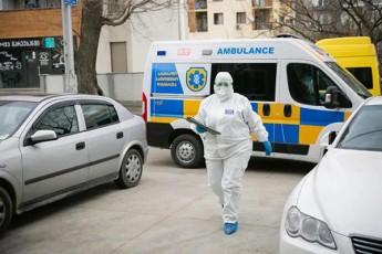 rusTavis-sakrebulos-TanamSromlebis-nawili-TviTizolaciaSi-gadavida-erT-erT-deputats-ki-koronavirusze-testireba-ukeTdeba