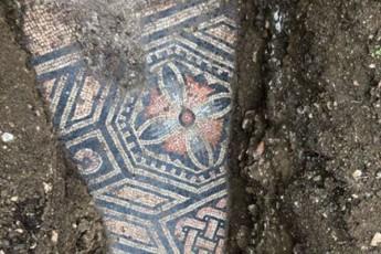 italiaSi-venaxis-qveS-uZvelesi-romauli-mozaika-aRmoaCines