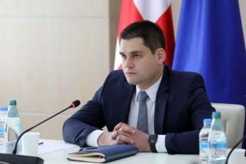 komunikaciebis-komisiasTan-Seqmnili-problemis-mosagvareblad-kavkasus-onlainma-biznesombudsmens-mimarTa