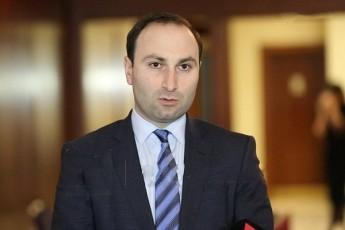 anri-oxanaSvili-Tu-sakuTari-xalxis-bedi-ar-gaRelvebs-politikurad-yvelafris-mkadrebeli-xar-da-yvelafers-ityvi