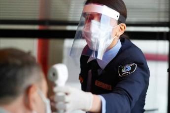 yazbegSi-gamokvleul-mebaJe-oficrebs-koronavirusi-ar-daudgindaT