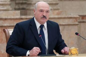 aleqsandre-lukaSenko-belarusis-prezidentis-movaleobebis-Sesrulebas-oficialurad-Seudga