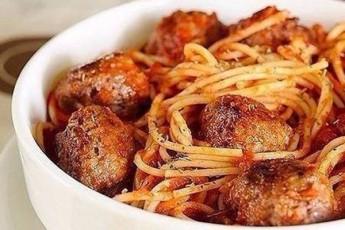 spageti-tomatis-sousSi-Calagebuli-gufTebiT