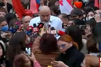opozicia-Tu-parlamentSi-ar-Seva-Seeqmneba-Tu-ara-ocnebas-problemebi-da-ra-SemTxvevaSi-unda-gamocxaddes-riggareSe-arCevnebi