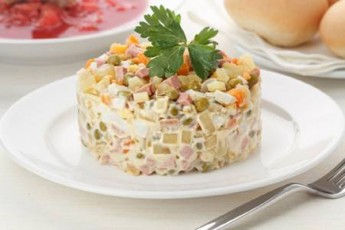 sabWouri-olivie--yvelasTvis-sayvareli-salaTa