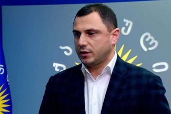 giorgi-amilaxvari-gvjera-rom-umravlesoba-da-rigi-opoziciuri-partiebi-Sevlen-parlamentSi-da-gavagrZelebT-normalur-saparlamento-cxovrebas