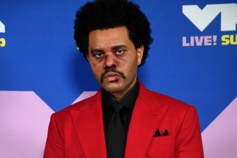 The-Weeknd-ma-gremi-korufciaSi-daadanaSaula