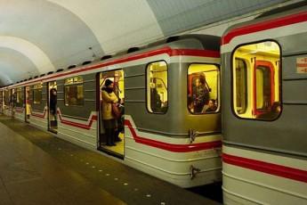Tbilisis-metro-muSaobas-aCerebs