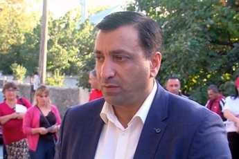 levan-beJaSvili-verc-erT-politikur-partias-verc-erT-politikur-liders-ver-eqneba-Cvenze-gavlena