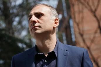 parlamentisken-daZruli-elisaSvili-da-gazafxulze-gabrazebuli-xalxis-imedad-darCenilebi