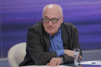 ramaz-sayvareliZe-opozicia-parlamentis-boikotiT-gzas-adgilobrivi-arCevnebzec-iWris