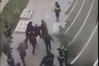 როგორ გაიყვანა სპეცრაზმმა ნიკა მელია ენმ-ის ოფისის ტერიტორიიდან (ვიდეო)