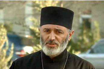 andria-jaRmaiZe-Wyondidis-eparqiis-movlenebze-mrevlis-protesti-rezidenciaSi-ZaliT-SeWras-ar-amarTlebs
