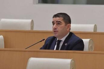 Salva-papuaSvili-partiebs-romlebic-miSelis-dokuments-xels-ar-aweren-valdebulebebis-Sesrulebisgan-gaqceva-surT
