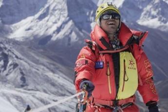 usinaTlo-alpinistma-everesti-daipyro