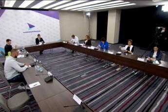 gaxaria-rogorc-opoziciuri-lideri-jer-ar-Cans-is-isev-premieris-rolSia