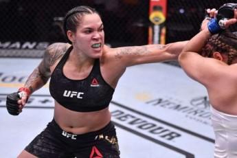 UFC-s-Cempionma-amanda-nuniesma-kim-kardaSiani-brZolaSi-gamoiwvia