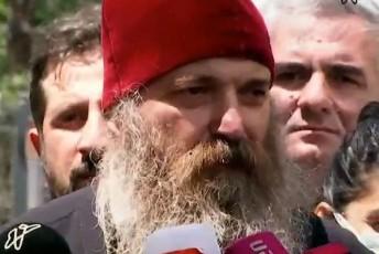 meufe-iakobi-Jurnalistebs-yizilbaSebiviT-alya-gaqvT-Semortymuli-yvelas-erTad--video