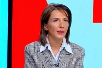 TamTa-megreliSvili-bolo-seriaSi-miSa-dapostavs---xelebi-Sors-gaxariasgan