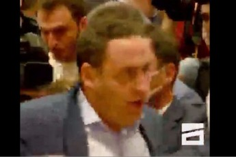 xelCarTuli-Cxubi-parlamentSi---giorgi-vaSaZes-pijaki-Semoaxies-video