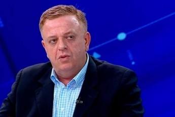 levan-nikoleiSvili-aSS-is-saxdepartamentis-angariSSi-SaviT-TeTrze-weria-rom-Setakebebi-moxda-2019-wlis-ivnisSi-rodesac-momitingeebma-scades-parlamentSi-Sesvla
