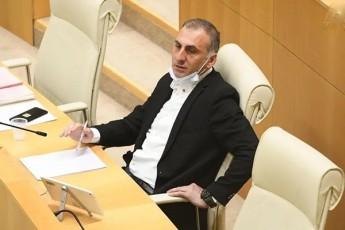 aleko-elisaSvili-TviTmmarTvelobis-arCevnebze-merobis-kandidati-ar-gveyoleba---Cveni-mxardaWera-arc-kalaZes-eqneba-da-arc-melia-xoStarias-tandems