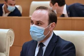 anri-oxanaSvili-Sarl-miSelis-dokumentze-samomavlodac-gamovricxavT-aseTi-tipis-SeTanxmebebSi-Sesvlas