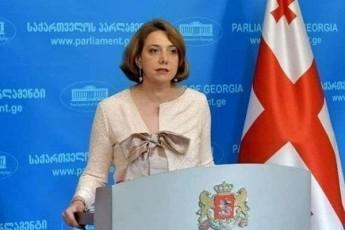 salome-zurabiSvili-saqarTvelos-prezidentma-distancireba-moaxdina-qarTuli-ocnebis-gadawyvetilebisgan
