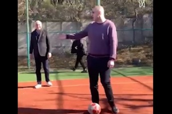 nika-meliam-zura-jafariZem-da-mamuka-xazaraZem-saarCevno-Sexvedrisas-fexburTi-iTamaSes--video